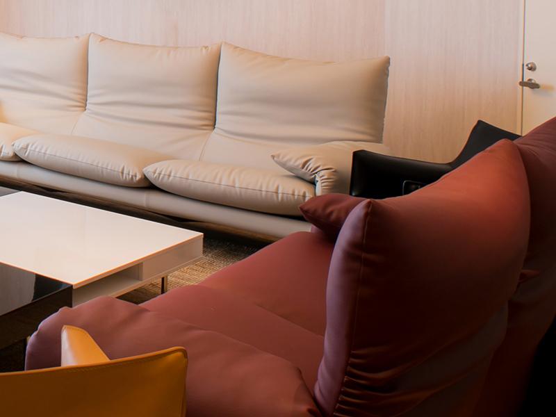 カッシーナ社製のソファ